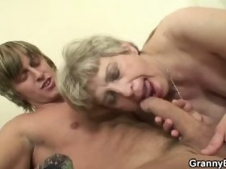 Lonely old granny gives head and rides his cock ass grannybet
