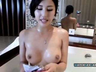 Sexy Chinese camgirl takes a bath - full pic @ tubeorient.com bath asian