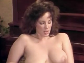 Games Couples Front (1987) hairy creampie