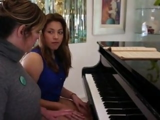 Piano tutor gets seduced unconnected with student old & lesbian
