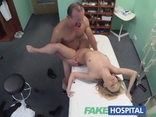 FakeHospital Doctors halloween wardrobe malfunction gets pretty good horny reality amateur