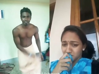 Dubmash Tamil by Tamil Aunty helter-skelter flashing boobs indian tits